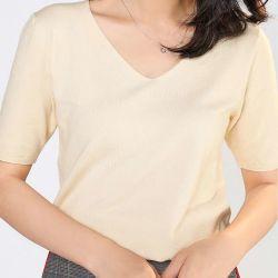 Tamanho de mais mulheres mulheres T-shirt Short-Sleeved Mulheres Moda cor sólida All-Match soltas V-Pescoço atingiu Shirtb de malha
