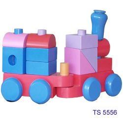 قطار خشبى كبير جيد