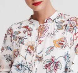 OEM-летние одежды управления ослаблены цветочный печать вискоза ткань женщин кофта блуза