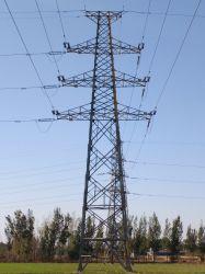 4 다리가 있는 송전선 각 강철 탑
