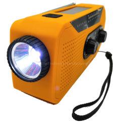 ダイナモの手動クランクの電話充電器が付いている緊急の太陽エネルギーLEDの懐中電燈1WのトーチAm/FMのラジオ