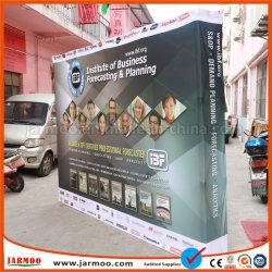 Soporte de pared de la publicidad emergente muestra