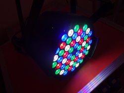 Haute puissance 54RGBW pcsx3w par la lumière