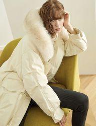 冬の方法女性の新しい屋外のコートのキツネの毛皮のHoodyの緩い余暇は韓国様式の白人のアヒルの女の子のジャケットより長持ちする