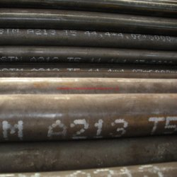 ASTM A335 P5, P9, P11, P12, P22 ou laminados a frio de aço sem costura estirados a frio dos tubos da caldeira