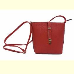 Volet classique de longueur moyenne de l'embrayage sur la nouvelle conception matelassée Sac Fashion femmes sac à main