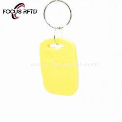 Aangepaste Logo Print RFID-afstandsbediening NFC-sleutelhanger met Smart Key, plastic Kaart