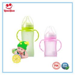 Cambiar el color del recién nacido la botella de agua de cristal con revestimiento de silicona