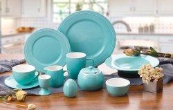 Populaire Embossed Design Fine Bone China Dinner Set Kleur geglazuurd Decoratief keramisch tafelgerei voor groothandel