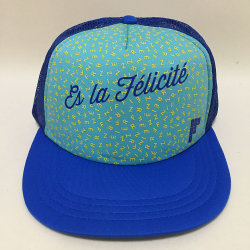 5 panneaux en polyester imprimé personnalisé Logo Big Fleur et maille de retour dans les sports à plat Caps & Hats avec dispositif de réglage de Snapback en plastique