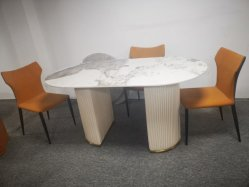 소결 스톤 스테인리스 스틸 프레임 식당 룸 대리석 탑 테이블 설정
