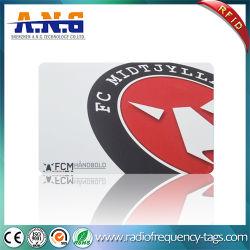 La surface brillante de la carte à puce RFID NFC / 6,2 G cartes RFID de sécurité personnalisé
