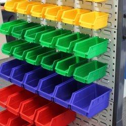 De muur Opgezette Bakken van de Opslag van Stukken Plastic voor Verkoop