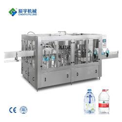 Große Fass-Flasche Aus Kunststoff Wasser Abgefüllt Reines Mineralwasser Füll- oder Abfüllmaschine
