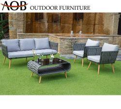Mobilia del sofà del villaggio del ricorso della corda tessuta patio esterno moderno all'ingrosso dell'hotel della casa del giardino con la Tabella di vetro