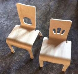 아기 가구 한 조각에 의하여 구부려지는 합판 의자 또는 나무 아이 의자