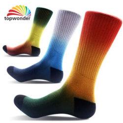Kundenspezifische Firmenzeichen-Sport-Terry-Socke im verschiedenen Entwurf und in der Größe