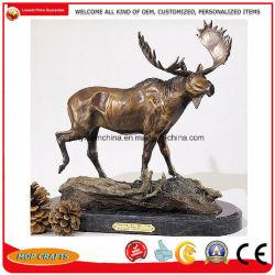 Statua d'ottone dei cervi altamente nella qualità