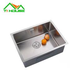 Évier de cuisine en acier inoxydable 304 compteur ferme Undermount Handmad au-dessus de la salle de bains