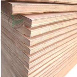 Cimc堅材の床板28mm Keruingのベニヤの容器の床の合板