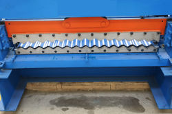 Staal Glalvanized van de kleur plooide de Trapezoïdale Machine van het Blad van het Dakwerk van het Blad van het Metaal