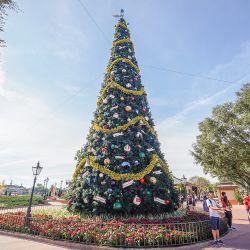 Venda por grosso de Qualidade Alta artificial de árvore de Natal com LED