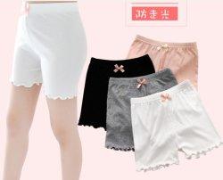 Kind-Mädchen-Sommer-Unterseiten-Kurzschluss-Unterhosen, die Unterwäsche-Schlüpfer radfahren