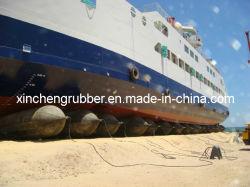 Monde navire le lancement de la Marine de l'airbag de verre