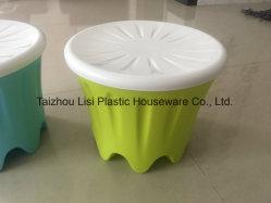 子供のためのプラスチック椅子、記憶の椅子