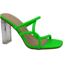 Venda por grosso de calçado feminino de moda Verão Chinelos Salto Alto senhoras de Calçado Senhora sapatos e sandálias