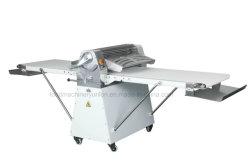 Fonctionnement aisé Machine automatique de feuilles de brick Type de peuplement Laminoir pâtisserie