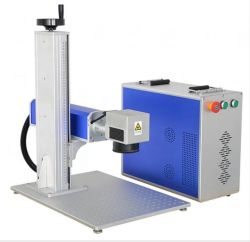 Gravura de pistola de aço inoxidável com máquina de marcação a laser de fibra para alumínio