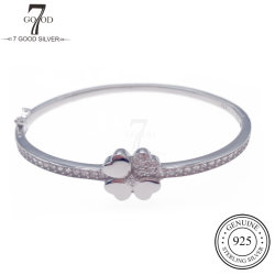 أزياء مخصصة من OEM 925 مجوهرات فضية 4 أوراق Clover Bangle