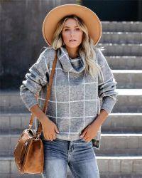 De vrouwen vormen de Breiende Sweaters van de Douane van de Col van Kleren