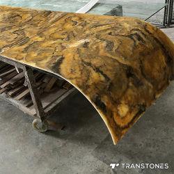 カスタマイズされた曲げられたオニックスシートの半透明な磨かれたアラバスターの壁シート