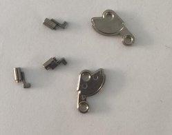Máquina de coser las piezas de moldeo por inyección de metal