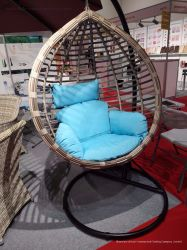 Дубаи горячая продажа висящих корзины яйцо Swing кресло PE плетеной удобный для использования внутри и вне помещений патио с видом на сад есть балкон