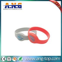 13.56MHz NFC en silicone étanche bracelet RFID personnalisé