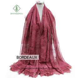 2018 Dame Fashion Silk Scarf met Roze Borduurwerk Geverfte Shaw