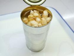 錫の缶詰にされた白いアスパラガス全800g
