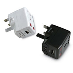 Promotional Gift (HS-T095U)としてUSB ChargerとのユニバーサルTravel Adapter
