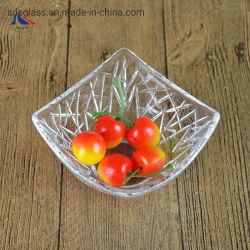De gevormde Decoratieve Kleine Kom van het Glas voor Droge Fruit en Noot