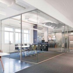 Moderne Stil Volle Höhe Acoustic Smart Magic Glas Trennwände Mit Aluminiumrahmen für das Büro