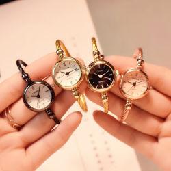 Pequenas Gold Bracelete Bangle relógios de luxo aço inoxidável Retro Senhoras Relógios de quartzo Casual Moda vestido de mulher assistir
