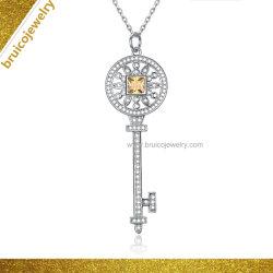 Monili artificiali della collana Pendant placcati oro d'argento su ordinazione dei monili 9K 14K 18K di Zirconia del diamante