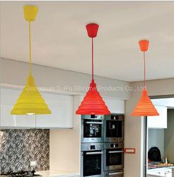 De kleurrijke Tegenhanger van het Gel van het Kiezelzuur steekt Lampen van de Tegenhanger van de Kunst van het Winkelcomplex van de Slaapkamers van het Restaurant van de Staaf de Grote aan