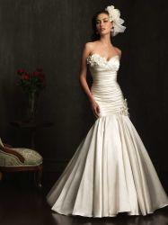 セクシーな人魚のウェディングドレスのサテンのアイボリーの花嫁のウェディングドレス
