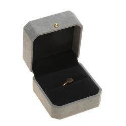 Impression sur papier La boîte de rangement de bijoux pour les bagues