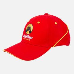 新式の野球帽の重いブラシをかけられた綿の帽子3Dの刺繍の赤の帽子