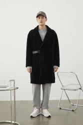 Risvolto di stile britannico di svago dello scaldino di autunno di inverno dei nuovi uomini di disegno di modo 2021 il grande schiocca fuori l'usura esterna del ragazzo puro nero classico di colore del cappotto